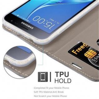 Cadorabo Hülle für Samsung Galaxy J3 2016 in HELL GRAU BRAUN - Handyhülle mit Magnetverschluss, Standfunktion und Kartenfach - Case Cover Schutzhülle Etui Tasche Book Klapp Style - Vorschau 3