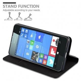 Cadorabo Hülle für Nokia Lumia 650 in NACHT SCHWARZ - Handyhülle mit Magnetverschluss, Standfunktion und Kartenfach - Case Cover Schutzhülle Etui Tasche Book Klapp Style - Vorschau 5