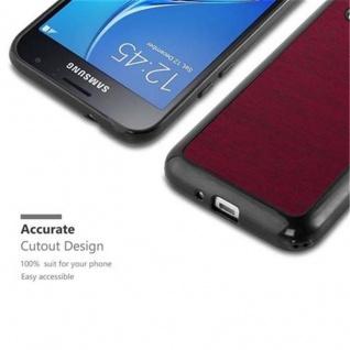 Cadorabo Hülle für Samsung Galaxy J1 2016 in WOODEN ROT - Handyhülle aus flexiblem TPU Silikon - Silikonhülle Schutzhülle Ultra Slim Soft Back Cover Case Bumper - Vorschau 2
