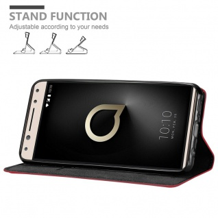 Cadorabo Hülle für Alcatel 5 in APFEL ROT Handyhülle mit Magnetverschluss, Standfunktion und Kartenfach Case Cover Schutzhülle Etui Tasche Book Klapp Style - Vorschau 3