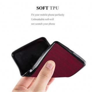 Cadorabo Hülle für Samsung Galaxy J1 2016 in WOODEN ROT - Handyhülle aus flexiblem TPU Silikon - Silikonhülle Schutzhülle Ultra Slim Soft Back Cover Case Bumper - Vorschau 3