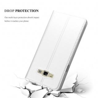 Cadorabo Hülle für Samsung Galaxy A7 2015 in CLASSY SILBER - Handyhülle mit Magnetverschluss, Standfunktion und Kartenfach - Case Cover Schutzhülle Etui Tasche Book Klapp Style - Vorschau 5