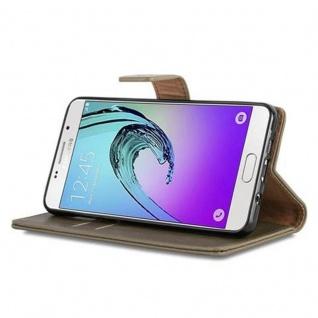 Cadorabo Hülle für Samsung Galaxy A5 2016 in CAPPUCINO BRAUN - Handyhülle mit Magnetverschluss, Standfunktion und Kartenfach - Case Cover Schutzhülle Etui Tasche Book Klapp Style - Vorschau 4