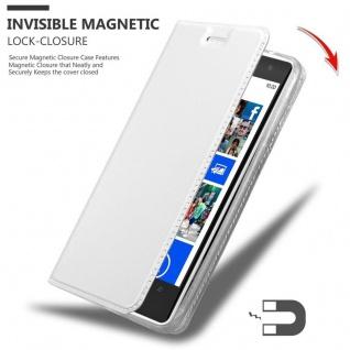 Cadorabo Hülle für Nokia Lumia 1020 in CLASSY SILBER - Handyhülle mit Magnetverschluss, Standfunktion und Kartenfach - Case Cover Schutzhülle Etui Tasche Book Klapp Style - Vorschau 3