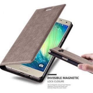 Cadorabo Hülle für Samsung Galaxy A5 2015 in KAFFEE BRAUN - Handyhülle mit Magnetverschluss, Standfunktion und Kartenfach - Case Cover Schutzhülle Etui Tasche Book Klapp Style