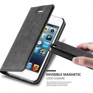 Cadorabo Hülle für Apple iPhone 5 / iPhone 5S / iPhone SE in NACHT SCHWARZ - Handyhülle mit Magnetverschluss, Standfunktion und Kartenfach - Case Cover Schutzhülle Etui Tasche Book Klapp Style