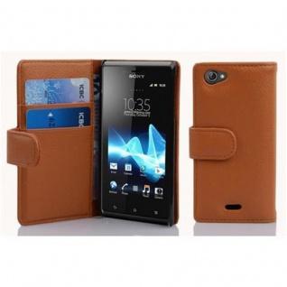 Cadorabo Hülle für Sony Xperia J in COGNAC BRAUN - Handyhülle aus strukturiertem Kunstleder mit Standfunktion und Kartenfach - Case Cover Schutzhülle Etui Tasche Book Klapp Style