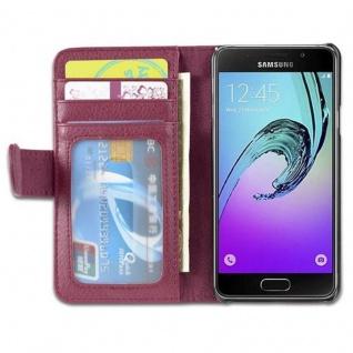 Cadorabo Hülle für Samsung Galaxy A3 2016 in BORDEAUX LILA - Handyhülle mit Magnetverschluss und 3 Kartenfächern - Case Cover Schutzhülle Etui Tasche Book Klapp Style - Vorschau 4