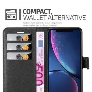 Cadorabo Hülle für Apple iPhone 11 (XI) in PHANTOM SCHWARZ - Handyhülle mit Magnetverschluss, Standfunktion und Kartenfach - Case Cover Schutzhülle Etui Tasche Book Klapp Style - Vorschau 3