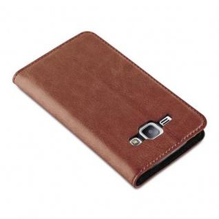 Cadorabo Hülle für Samsung Galaxy J1 2015 in CAPPUCCINO BRAUN - Handyhülle mit Magnetverschluss, Standfunktion und Kartenfach - Case Cover Schutzhülle Etui Tasche Book Klapp Style - Vorschau 4