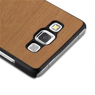 Cadorabo Hülle für Samsung Galaxy A3 2015 in WOODY BRAUN - Hardcase Handyhülle aus Plastik gegen Kratzer und Stöße - Schutzhülle Bumper Ultra Slim Back Case Hard Cover - Vorschau 4