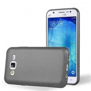 Cadorabo Hülle für Samsung Galaxy J5 2015 in METALLIC GRAU - Handyhülle aus flexiblem TPU Silikon - Silikonhülle Schutzhülle Ultra Slim Soft Back Cover Case Bumper