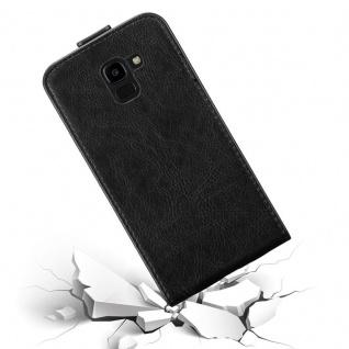 Cadorabo Hülle für Samsung Galaxy J6 2018 in NACHT SCHWARZ - Handyhülle im Flip Design mit Magnetverschluss - Case Cover Schutzhülle Etui Tasche Book Klapp Style - Vorschau 4