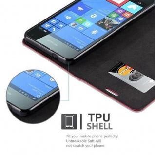 Cadorabo Hülle für Nokia Lumia 650 in APFEL ROT Handyhülle mit Magnetverschluss, Standfunktion und Kartenfach Case Cover Schutzhülle Etui Tasche Book Klapp Style - Vorschau 4