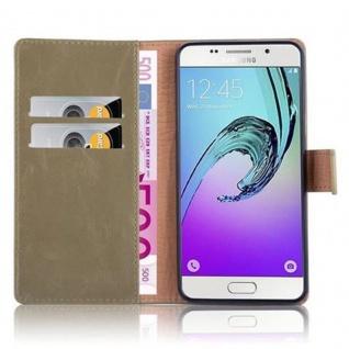 Cadorabo Hülle für Samsung Galaxy A5 2016 in CAPPUCINO BRAUN - Handyhülle mit Magnetverschluss, Standfunktion und Kartenfach - Case Cover Schutzhülle Etui Tasche Book Klapp Style - Vorschau 3