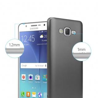 Cadorabo Hülle für Samsung Galaxy J7 2015 in METALLIC GRAU - Handyhülle aus flexiblem TPU Silikon - Silikonhülle Schutzhülle Ultra Slim Soft Back Cover Case Bumper - Vorschau 4