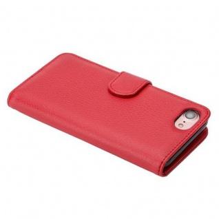 Cadorabo Hülle für Apple iPhone 7 / iPhone 7S / iPhone 8 in INFERNO ROT ? Handyhülle mit Magnetverschluss und 3 Kartenfächern ? Case Cover Schutzhülle Etui Tasche Book Klapp Style - Vorschau 4