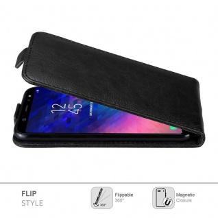 Cadorabo Hülle für Samsung Galaxy A6 PLUS 2018 in NACHT SCHWARZ - Handyhülle im Flip Design mit Magnetverschluss - Case Cover Schutzhülle Etui Tasche Book Klapp Style - Vorschau 3