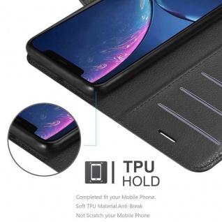 Cadorabo Hülle für Apple iPhone 11 (XI) in PHANTOM SCHWARZ - Handyhülle mit Magnetverschluss, Standfunktion und Kartenfach - Case Cover Schutzhülle Etui Tasche Book Klapp Style - Vorschau 4