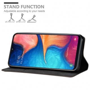 Cadorabo Hülle für Samsung Galaxy A20e in KAFFEE BRAUN - Handyhülle mit Magnetverschluss, Standfunktion und Kartenfach - Case Cover Schutzhülle Etui Tasche Book Klapp Style - Vorschau 4