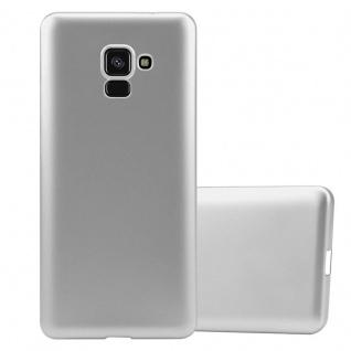 Cadorabo Hülle für Samsung Galaxy A8 2018 in METALLIC SILBER - Handyhülle aus flexiblem TPU Silikon - Silikonhülle Schutzhülle Ultra Slim Soft Back Cover Case Bumper