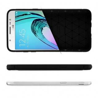 Cadorabo Hülle für Samsung Galaxy J7 2016 (6) - Hülle in BRUSHED SCHWARZ - Handyhülle aus TPU Silikon in Edelstahl-Karbonfaser Optik - Silikonhülle Schutzhülle Ultra Slim Soft Back Cover Case Bumper - Vorschau 4