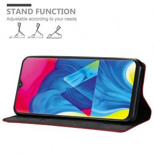 Cadorabo Hülle für Samsung Galaxy M10 in APFEL ROT Handyhülle mit Magnetverschluss, Standfunktion und Kartenfach Case Cover Schutzhülle Etui Tasche Book Klapp Style - Vorschau 3