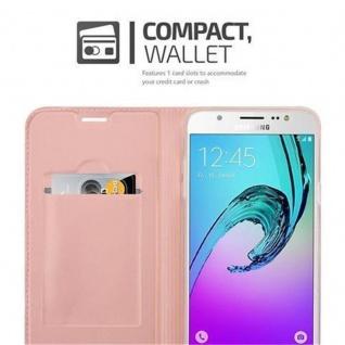 Cadorabo Hülle für Samsung Galaxy J7 2016 in CLASSY ROSÉ GOLD - Handyhülle mit Magnetverschluss, Standfunktion und Kartenfach - Case Cover Schutzhülle Etui Tasche Book Klapp Style - Vorschau 3