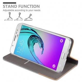 Cadorabo Hülle für Samsung Galaxy J7 2016 in HELL GRAU BRAUN - Handyhülle mit Magnetverschluss, Standfunktion und Kartenfach - Case Cover Schutzhülle Etui Tasche Book Klapp Style - Vorschau 5