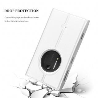 Cadorabo Hülle für Nokia Lumia 1020 in CLASSY SILBER - Handyhülle mit Magnetverschluss, Standfunktion und Kartenfach - Case Cover Schutzhülle Etui Tasche Book Klapp Style - Vorschau 5