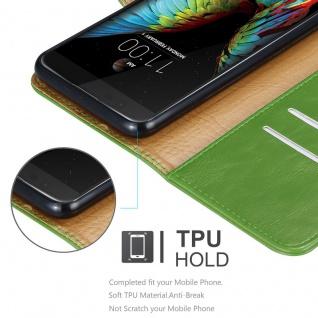 Cadorabo Hülle für LG K10 2016 in GRAS GRÜN ? Handyhülle mit Magnetverschluss, Standfunktion und Kartenfach ? Case Cover Schutzhülle Etui Tasche Book Klapp Style - Vorschau 3