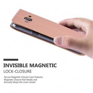 Cadorabo Hülle für Samsung Galaxy J3 2016 in CLASSY ROSÉ GOLD - Handyhülle mit Magnetverschluss, Standfunktion und Kartenfach - Case Cover Schutzhülle Etui Tasche Book Klapp Style - Vorschau 5