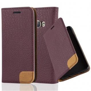 Cadorabo Hülle für Samsung Galaxy J1 2016 - Hülle in HOLUNDER LILA ? Handyhülle mit Standfunktion, Kartenfach und Textil-Patch - Case Cover Schutzhülle Etui Tasche Book Klapp Style
