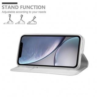 Cadorabo Hülle für Apple iPhone XR in CLASSY SILBER - Handyhülle mit Magnetverschluss, Standfunktion und Kartenfach - Case Cover Schutzhülle Etui Tasche Book Klapp Style - Vorschau 4