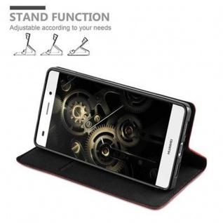 Cadorabo Hülle für Huawei P8 LITE 2015 in APFEL ROT - Handyhülle mit Magnetverschluss, Standfunktion und Kartenfach - Case Cover Schutzhülle Etui Tasche Book Klapp Style - Vorschau 4