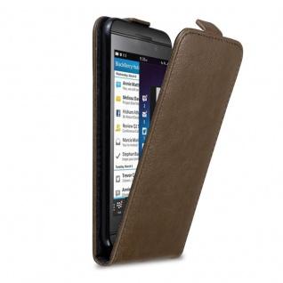 Cadorabo Hülle für Blackberry Z10 in KAFFEE BRAUN Handyhülle im Flip Design mit Magnetverschluss Case Cover Schutzhülle Etui Tasche Book Klapp Style