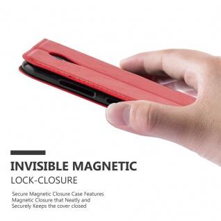 Cadorabo Hülle für ZTE BLADE A520 in APFEL ROT Handyhülle mit Magnetverschluss, Standfunktion und Kartenfach Case Cover Schutzhülle Etui Tasche Book Klapp Style - Vorschau 4