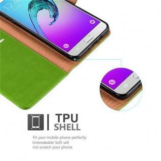 Cadorabo Hülle für Samsung Galaxy J7 2016 in GRAS GRÜN - Handyhülle mit Magnetverschluss, Standfunktion und Kartenfach - Case Cover Schutzhülle Etui Tasche Book Klapp Style - Vorschau 4