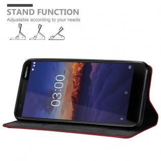 Cadorabo Hülle für Nokia 3.1 2018 in APFEL ROT Handyhülle mit Magnetverschluss, Standfunktion und Kartenfach Case Cover Schutzhülle Etui Tasche Book Klapp Style - Vorschau 3