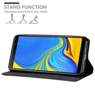 Cadorabo Hülle für Samsung Galaxy A7 2018 in NACHT SCHWARZ - Handyhülle mit Magnetverschluss, Standfunktion und Kartenfach - Case Cover Schutzhülle Etui Tasche Book Klapp Style - Vorschau 4