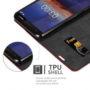 Cadorabo Hülle für Nokia 3.1 2018 in APFEL ROT Handyhülle mit Magnetverschluss, Standfunktion und Kartenfach Case Cover Schutzhülle Etui Tasche Book Klapp Style - Vorschau 5