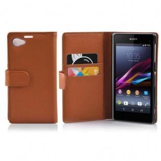 Cadorabo Hülle für Sony Xperia Z1 COMPACT in COGNAC BRAUN - Handyhülle aus strukturiertem Kunstleder mit Standfunktion und Kartenfach - Case Cover Schutzhülle Etui Tasche Book Klapp Style