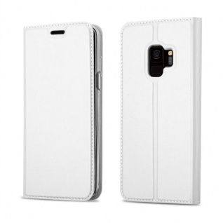 Cadorabo Hülle für Samsung Galaxy S9 in CLASSY SILBER - Handyhülle mit Magnetverschluss, Standfunktion und Kartenfach - Case Cover Schutzhülle Etui Tasche Book Klapp Style