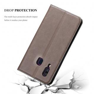Cadorabo Hülle für Samsung Galaxy A20e in KAFFEE BRAUN - Handyhülle mit Magnetverschluss, Standfunktion und Kartenfach - Case Cover Schutzhülle Etui Tasche Book Klapp Style - Vorschau 5