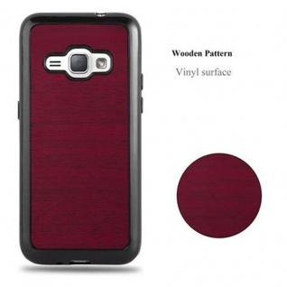 Cadorabo Hülle für Samsung Galaxy J1 2016 in WOODEN ROT - Handyhülle aus flexiblem TPU Silikon - Silikonhülle Schutzhülle Ultra Slim Soft Back Cover Case Bumper - Vorschau 5