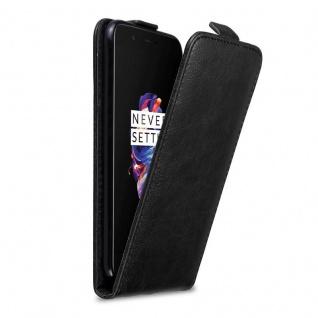 Cadorabo Hülle für OnePlus 5 in NACHT SCHWARZ Handyhülle im Flip Design mit Magnetverschluss Case Cover Schutzhülle Etui Tasche Book Klapp Style