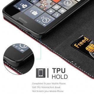 Cadorabo Hülle für Nokia Lumia 640 in ROT SCHWARZ ? Handyhülle mit Magnetverschluss, Standfunktion und Kartenfach ? Case Cover Schutzhülle Etui Tasche Book Klapp Style - Vorschau 3