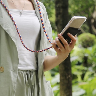 Cadorabo Handy Kette für Apple iPhone 8 PLUS / 7 PLUS / 7S PLUS in ORANGE BLAU WEISS - Silikon Necklace Umhänge Hülle mit Gold Ringen, Kordel Band Schnur und abnehmbarem Etui ? Schutzhülle - Vorschau 3