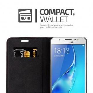 Cadorabo Hülle für Samsung Galaxy J5 2016 in APFEL ROT - Handyhülle mit Magnetverschluss, Standfunktion und Kartenfach - Case Cover Schutzhülle Etui Tasche Book Klapp Style - Vorschau 3
