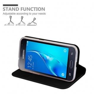 Cadorabo Hülle für Samsung Galaxy J1 2016 in CLASSY SCHWARZ - Handyhülle mit Magnetverschluss, Standfunktion und Kartenfach - Case Cover Schutzhülle Etui Tasche Book Klapp Style - Vorschau 4